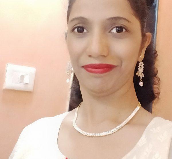 Roshini Nitin D'souza Q - B.A, D.Ed S - Primary